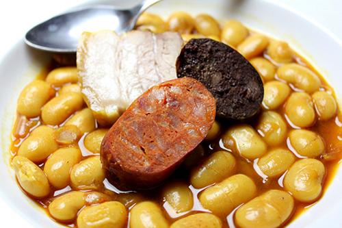 La gastronom a de asturias con su fabada y su sidra for Como cocinar fabada asturiana