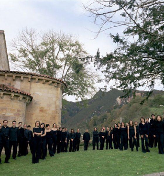 Proyecto LDO Coro El León de oro en concierto