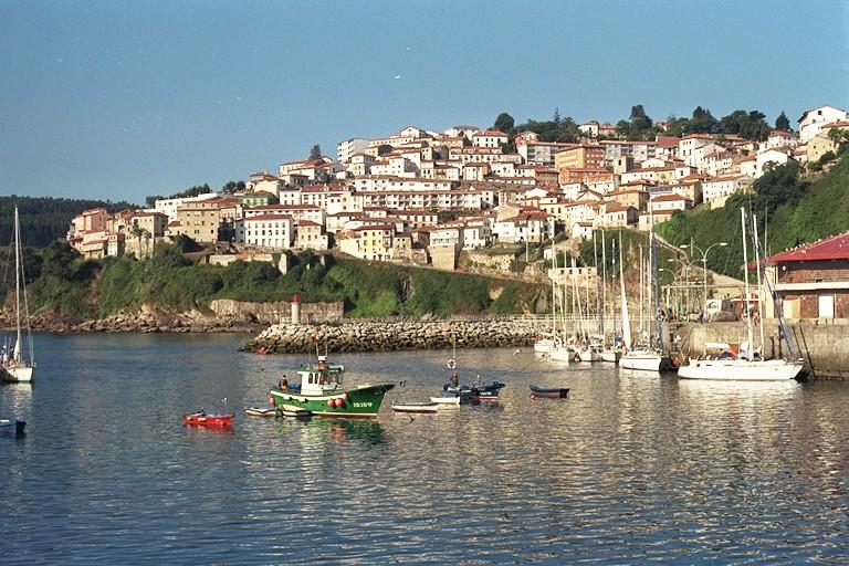Pueblos Asturias: Lastres
