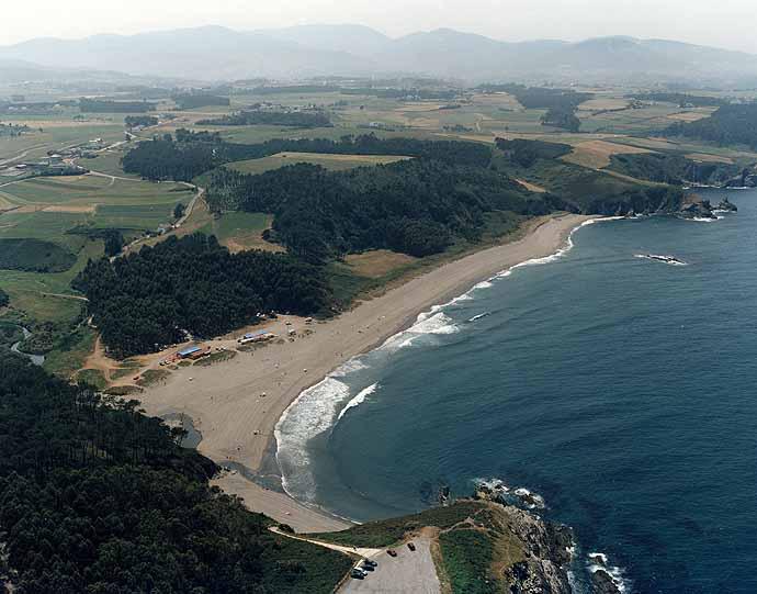 La Playa de Frejulfe, vacaciones en Asturias