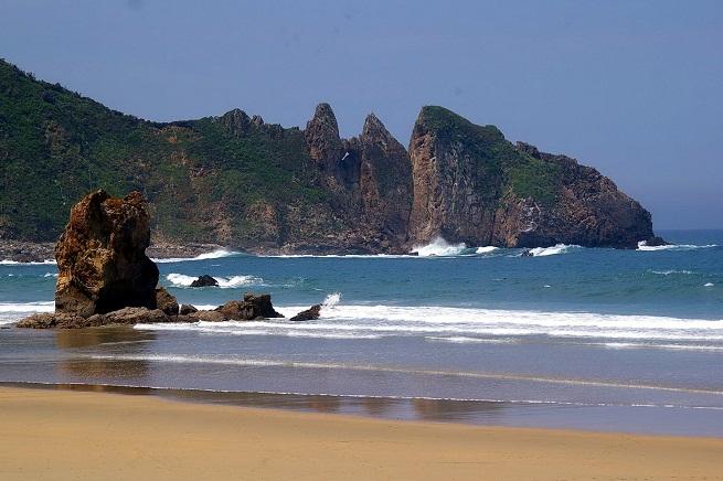 la-playa-del-aguilar-en-asturias