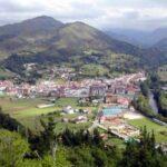 A los pies de los Lagos de Covadonga