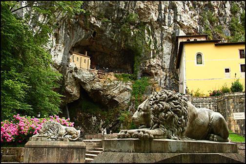 cueva-covadonga-02