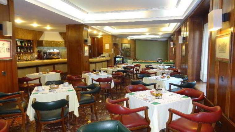 Hotel Hernán Cortés en Gijón 02